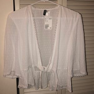 H&M cropped white blouse